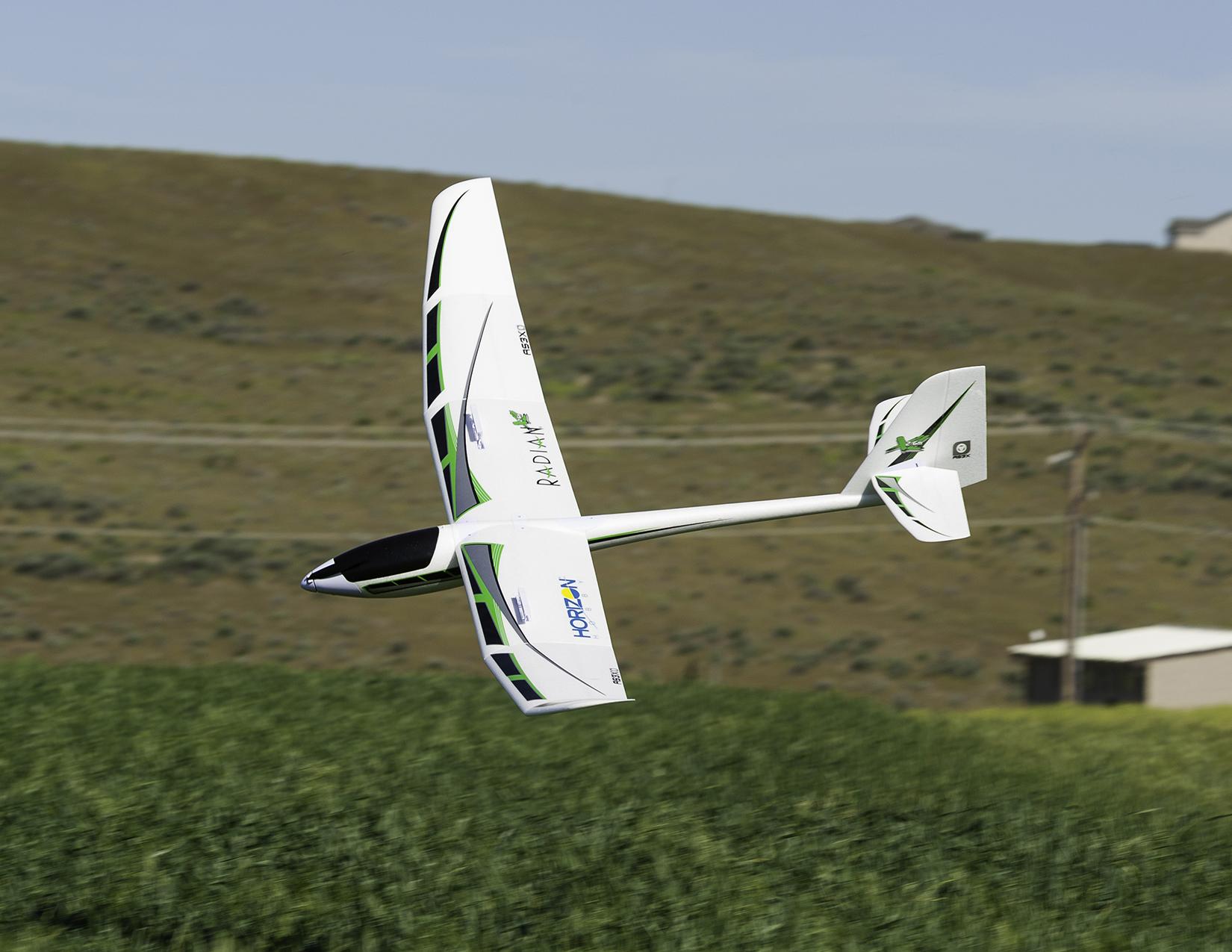 Radian 2.6M glider